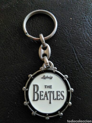 llaveros de los Beatles